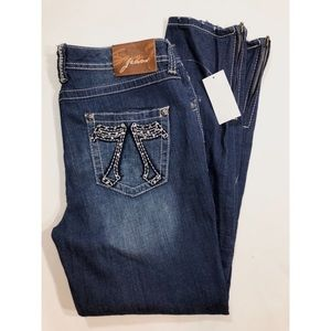 NWT Seven 7 Skinny  ZIP bottom Jeans